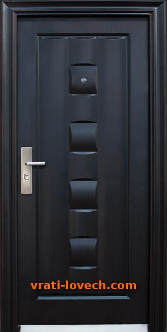 Блиндирана входна врата модел 137-P